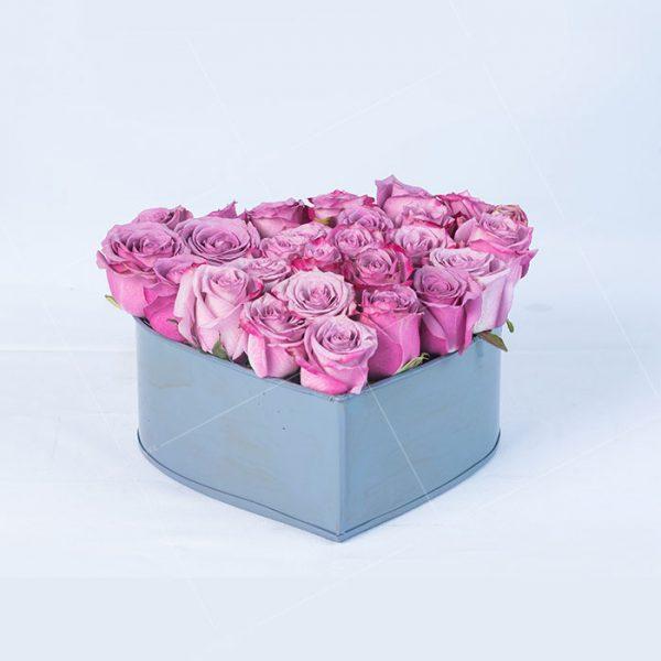 Corazón con rosas lila