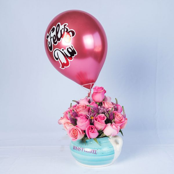 Ollita de loza con 18 rosas rosadas
