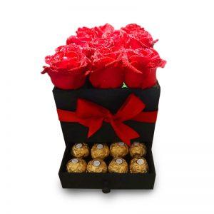 Box de rosas rojas con bombones
